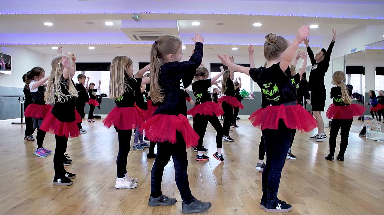 simon-says-dance-using-classforkids-dance-school-software
